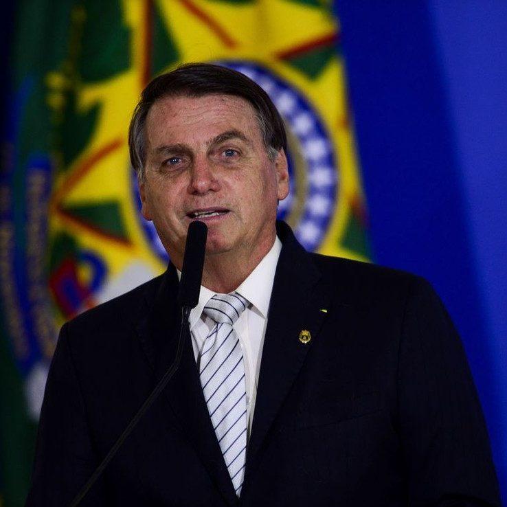 Jair Bolsonaro vai fazer minirreforma ministerial na segunda-feira