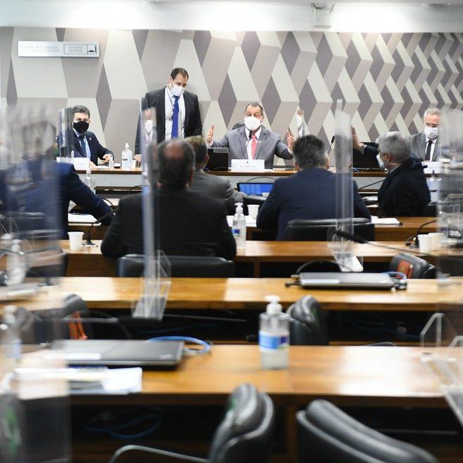 Governadores devem ir ao STF para questionar convocação da CPI