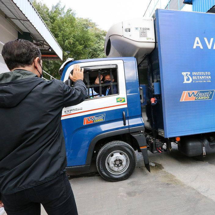 Butantan entrega mais 2 milhões de doses da CoronaVac
