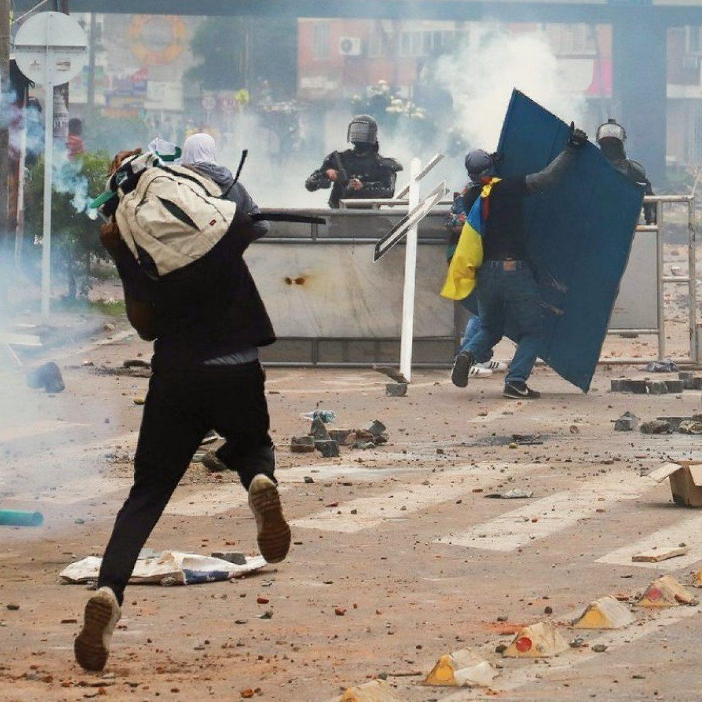 Colômbia tem novos protestos nas ruas e já soma mais de 30 mortos