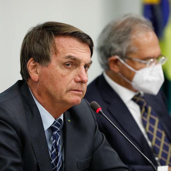 Bolsonaro joga para sua plateia e prejudica Brasil