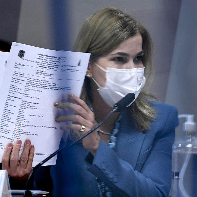 Mayra contradiz Pazuello e reafirma uso da cloroquina para Covid