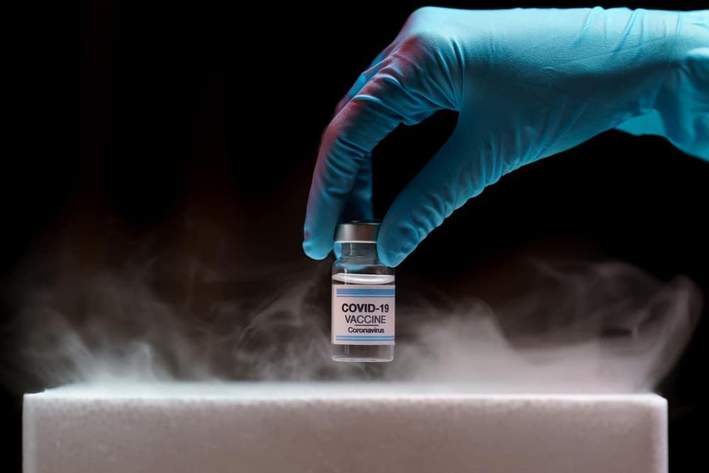 SP recebe insumos para produzir mais 5 milhões de doses da vacina do Butantan