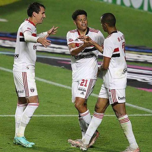 Copa do Brasil: São Paulo avança após atropelar 4 de Julho no Morumbi