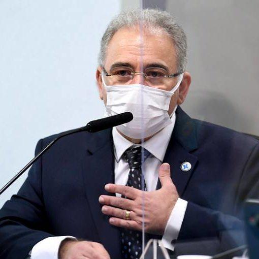 Ministro diz que cloroquina é ineficaz e assegura ter autonomia