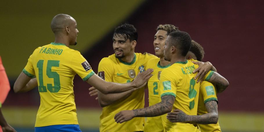 Seleção Brasileira: Brasil supera clima tenso e vence o Equador