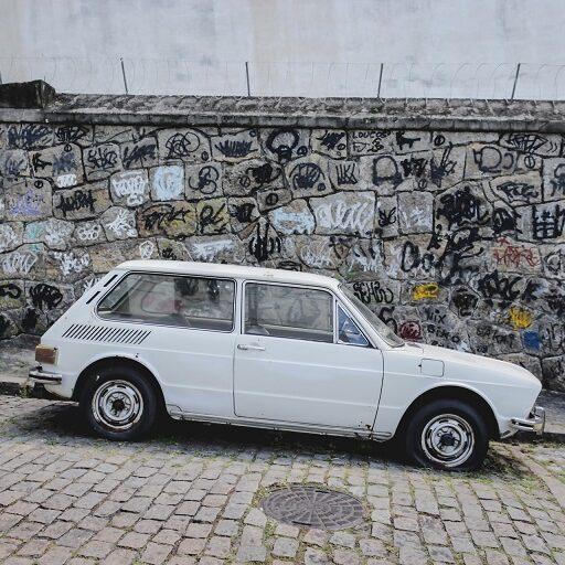 Projeto altera regras para remoção de veículos no RJ