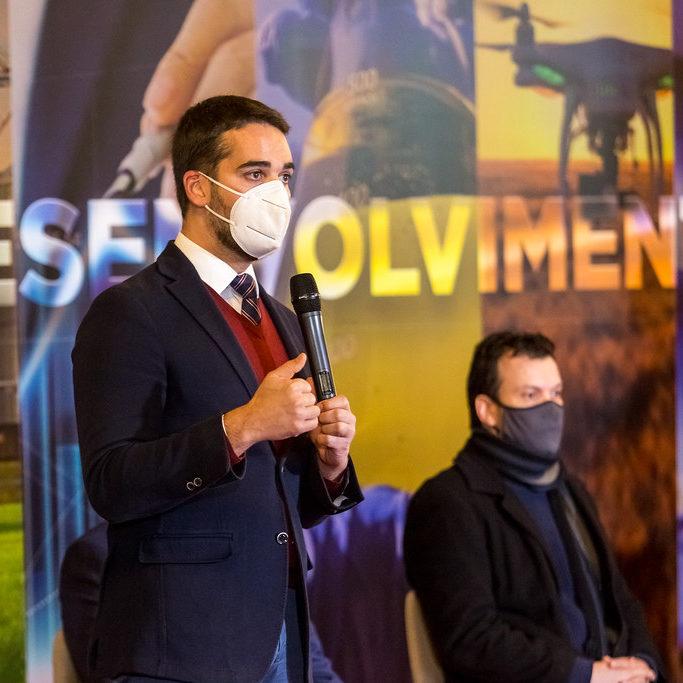 Governador sanciona projetos de apoio à retomada econômica no RS