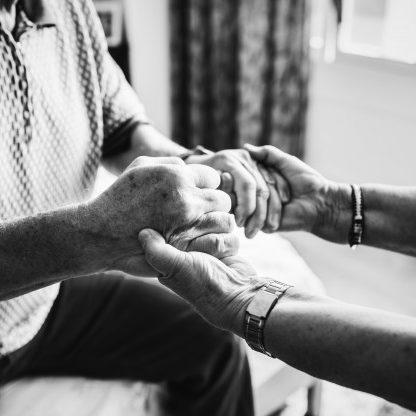 Governo explica investimentos em idosos durante a pandemia