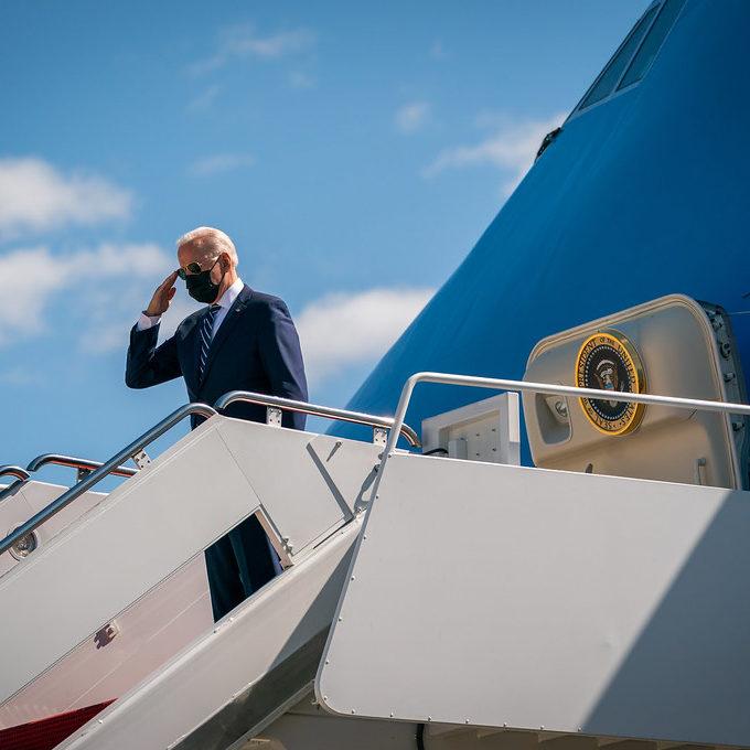 Biden quer reatar laços europeus e discutir novos desafios