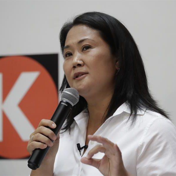 Keiko Fujimori lidera resultado parcial da eleição no Peru