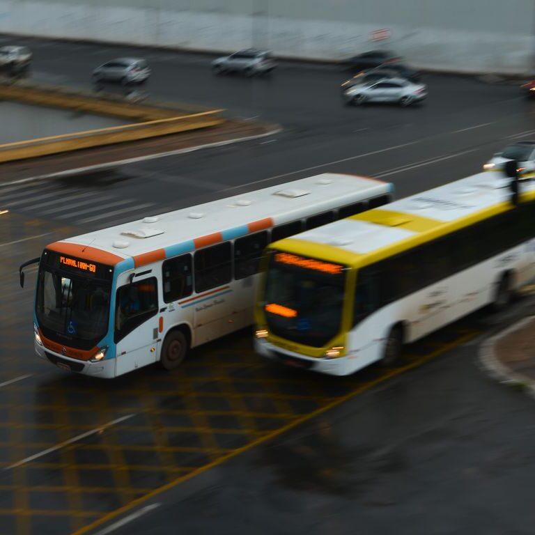 Falta de planejamento precariza transporte público no Brasil
