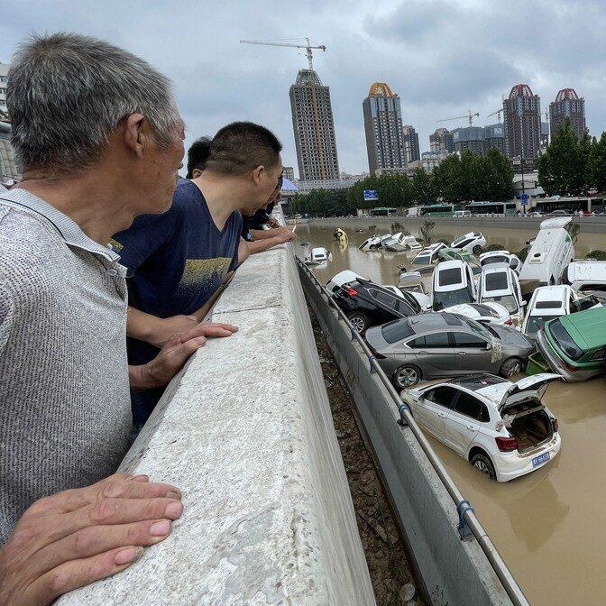 Sobe o número de vítimas das inundações na China