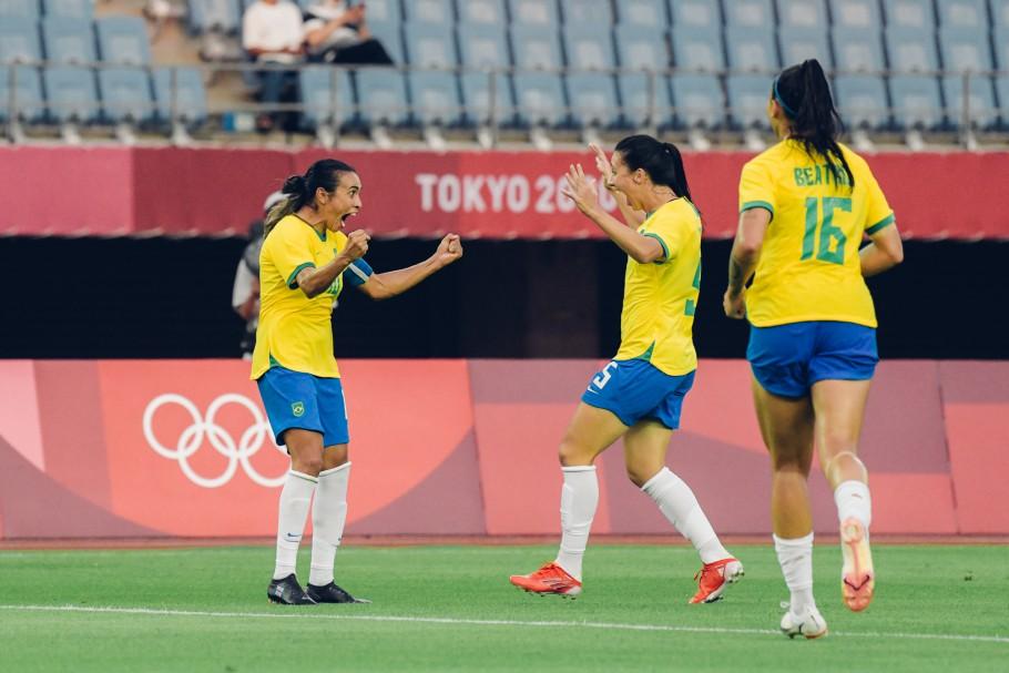Jogos Olímpicos: Brasil estreia com goleada diante da China no futebol feminino