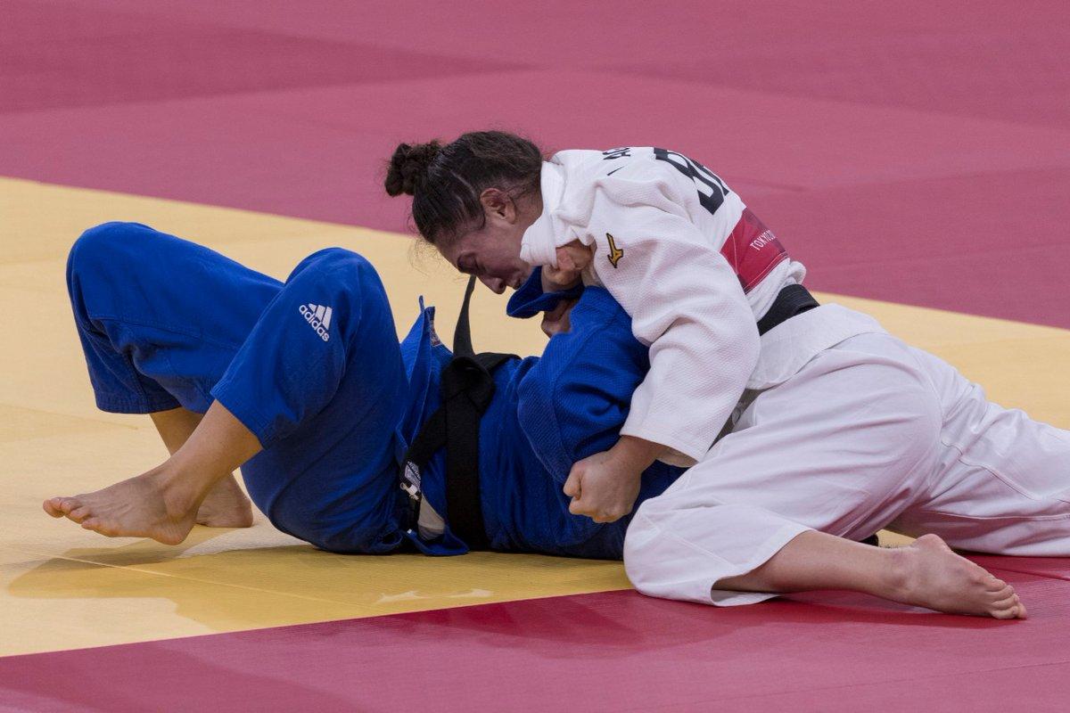 Mayra Aguiar conquista o bronze no judô e entra para a história