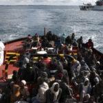 Barco afunda no Mediterrâneo e mais de 50 estão desaparecidos