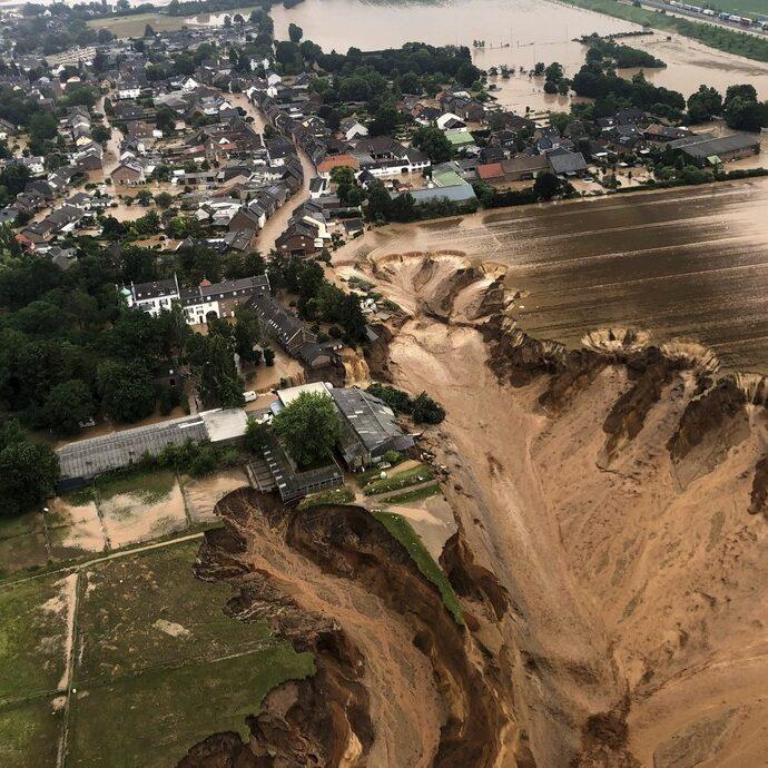 Sobe o número de mortos devido a inundações na Europa