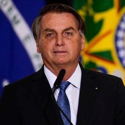 Bolsonaro prometeu 15, mas já tem 23 ministros no governo