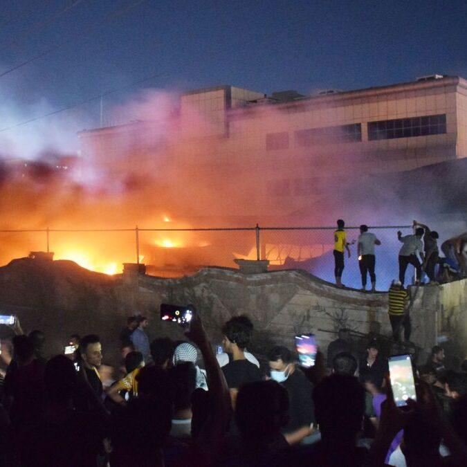 Explosão em hospital no Iraque já deixa mais de 60 mortos