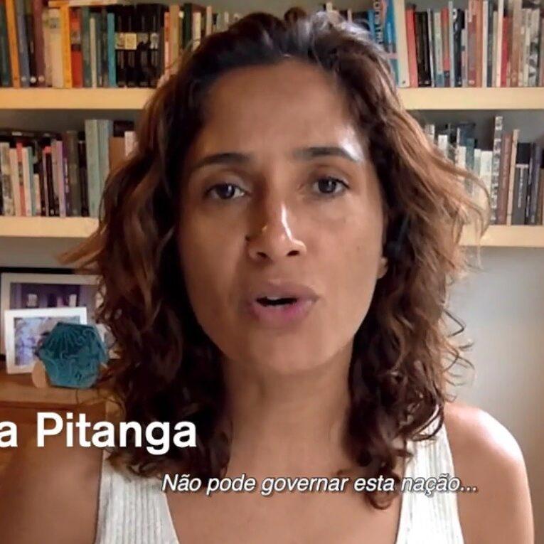 Artistas entregam manifesto pró-impeachment de Bolsonaro