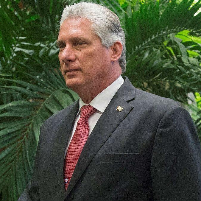 Presidente de Cuba denuncia ingerência dos EUA em crise histórica