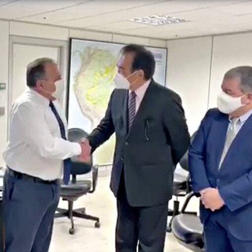 Pazuello negociou CoronaVac com empresário pelo triplo do preço