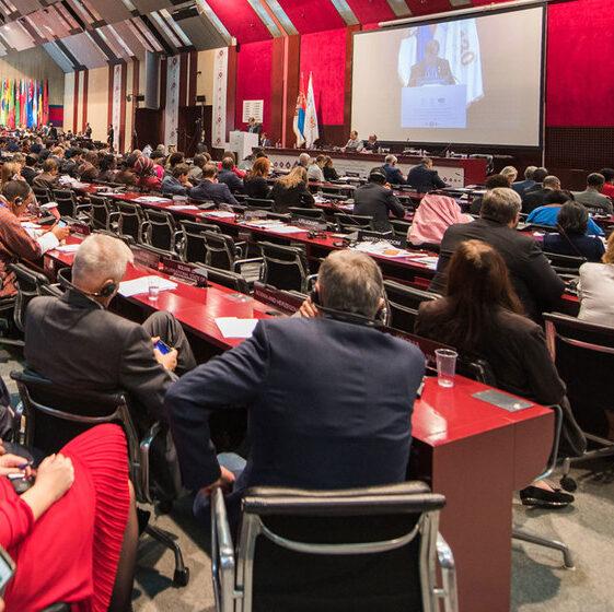 Pandemia força modernização de parlamentos no mundo