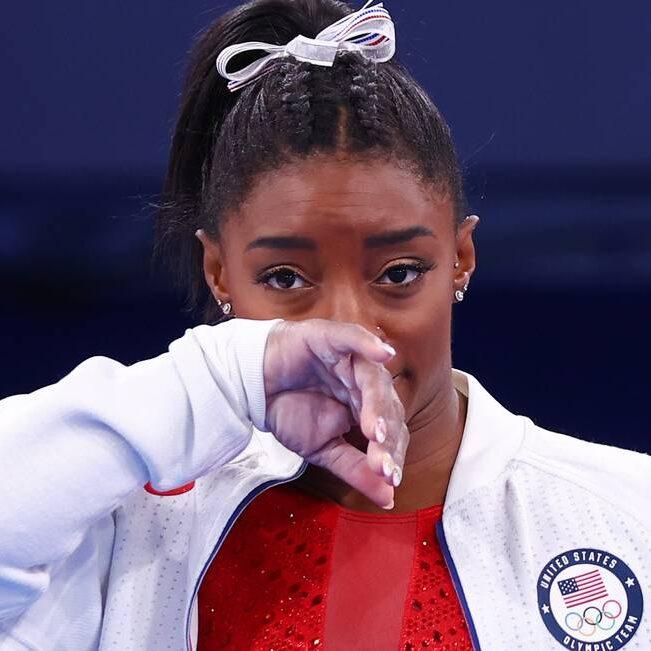 Desistência de Simone Biles amplia debate sobre saúde mental dos atletas