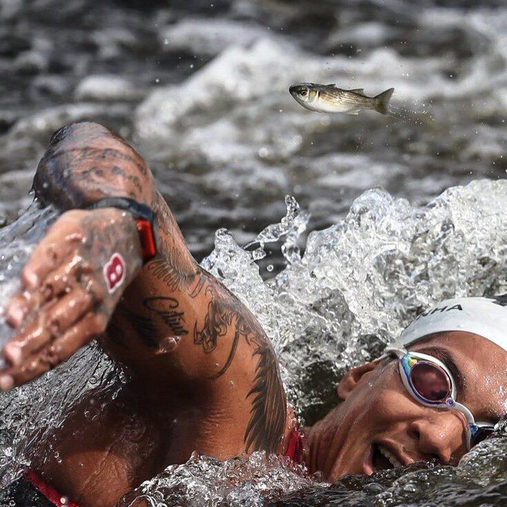 Jogos Olímpicos: Ana Marcela usa estratégia para levar o ouro na maratona aquática