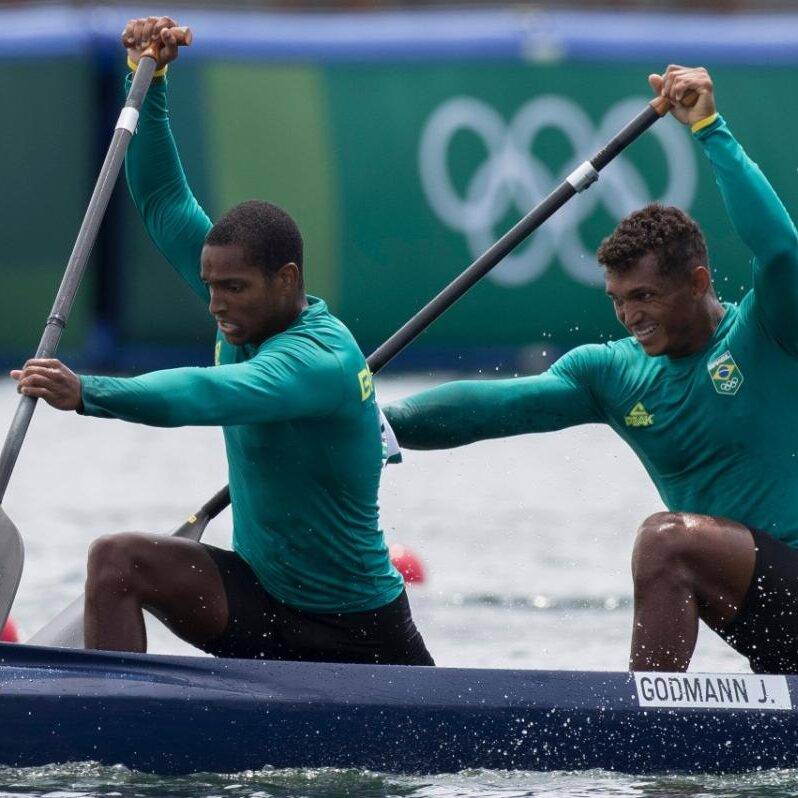 Jogos Olímpicos: Brasil avança na canoagem velocidade e se aproxima de medalha